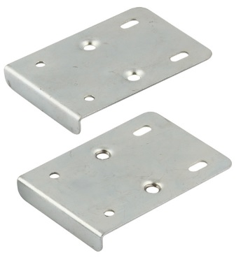 Zinc Hinge Mounting Plate Repair Kits Zinc Hinge Mounting Plate Repair Kit Measurements Hinge Repair Plate for mounting plates with euro screws only Length  : 75mm Width : 55mm Lip : 10mm Colour : Zinc  Material : Steel Zinc Hinge Mounting Plate Repair Kit Description  Set consists of -  2 x Concealed hinge mounting repair plates 8 x Pan head screws 4.0 mm, zinc-plated 4 x Euro screws 5 mm, nickel-plated Two plates supplied which screw on to the side of the cabinet allowing the euro screws from the hinge plate to be screwed in. Ideal if the holes have started to fail and a strong support is required.